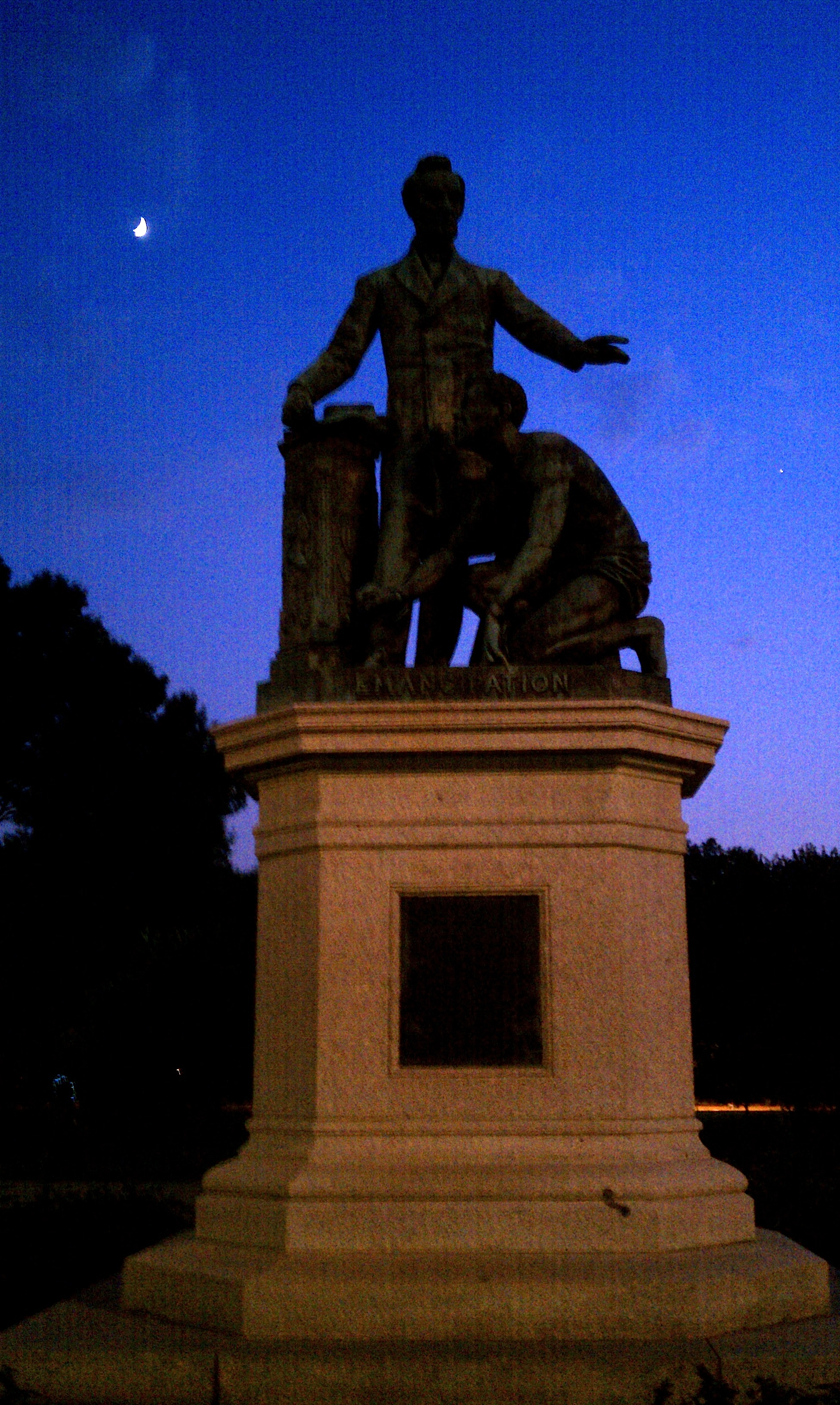 """Freedom's Memorial statue, dedicated 1876, funded by William Greenleaf Eliot's Western Sanitary Commission with Charlotte Scott's """"foundation $5"""""""
