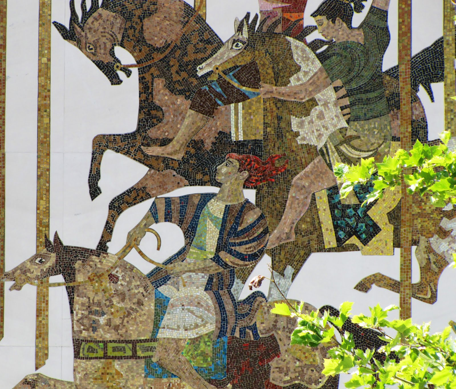 Millard Sheets Studio and Ravenna Mosaic Company, mosaic for Home Savings, Arcadia, 1959-1960. Image courtesy of M. Danko.